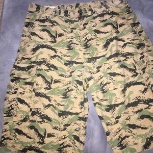 Men's Levi Cargo Shorts